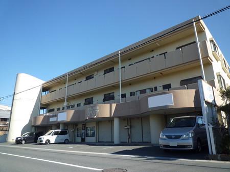 南区倉松町 マンション1階の路面店!飲食店OK!店舗前、駐車場2台完備。入居日相談下さい