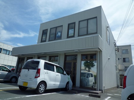 中区細島町 生活道沿いの貸店舗・事務所物件!