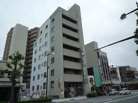 中区田町 遠州鉄道第一通り駅から徒歩3分。事務所はもちろん教室などにも