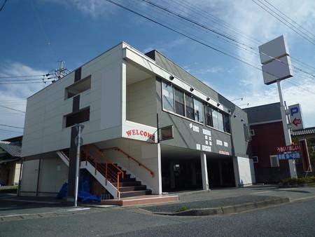 譲渡金無!人気エリア、東区上新屋町!駐車場10台の飲食店居抜き物件です。
